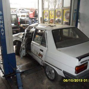 Renault 9 Arka Kapı