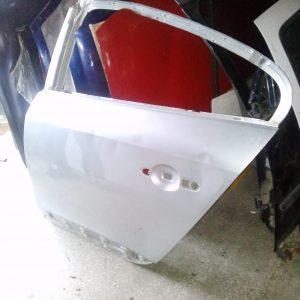 Renault Fluence sol arka kapı