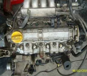 Renault Laguna 1 2.0 8v Komple Motor...