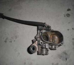 Renault R19 Gaz kelebeği