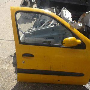 Renault clio 2 sag ön kapı