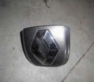 Renault clio 3 hb bagaj açma kolu